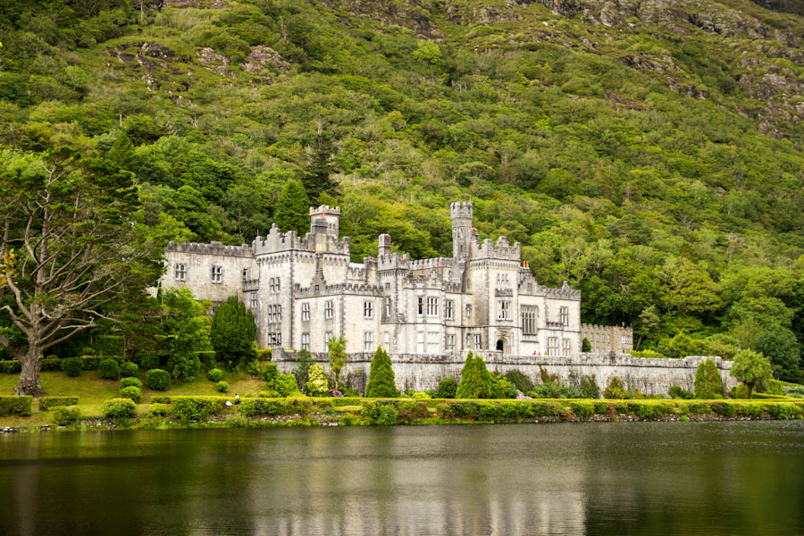 Kylemore Abbey - opactwo w hrabstwie Galway